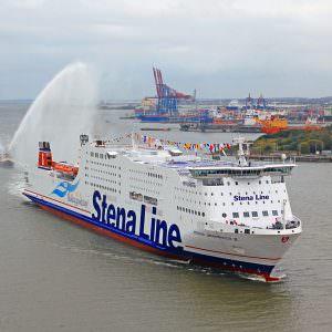 Stena Germanica III on her maiden voyage in Gothenburg 2010 Photo: Rickard-Sahlsten