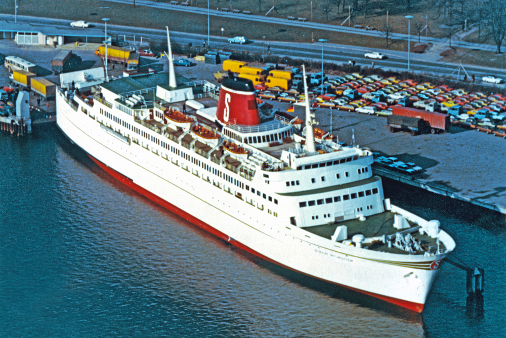 STENA-ATLANTICA-in-Kiel-summer-1972